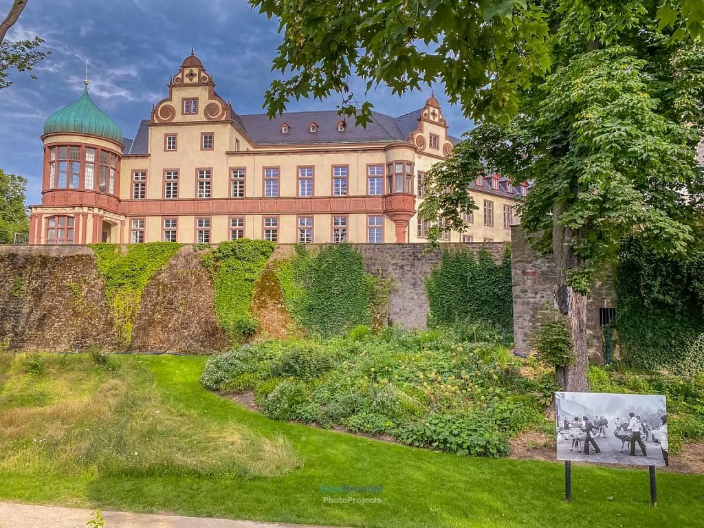 - Darmstadt