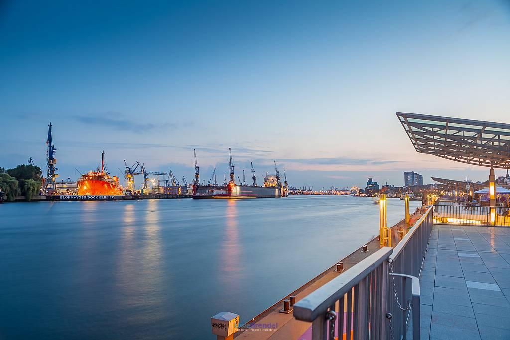 - Hamburg